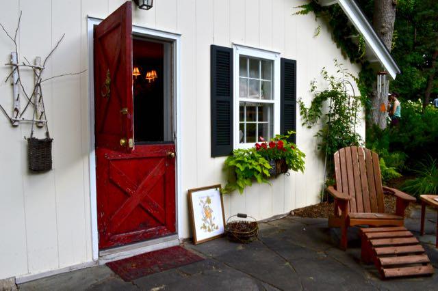 Linda's garden cabin