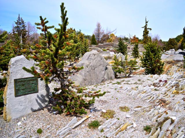 crevicegarden-montrealbotanicalgarden2-torontogardens